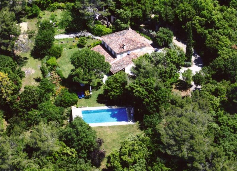Deluxe sale house / villa Montauroux 760000€ - Picture 1