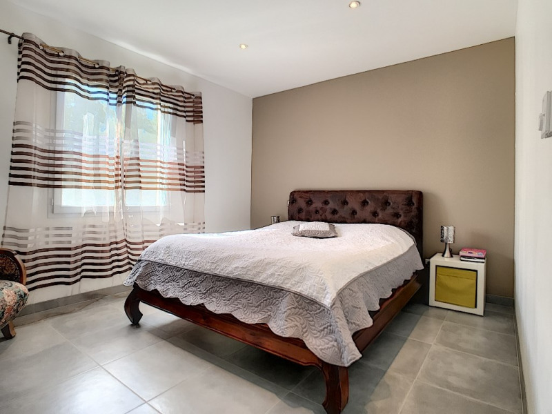 Vente maison / villa Velleron 420000€ - Photo 5
