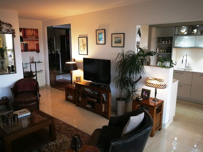 Deluxe sale apartment Ambilly 375 000€ - Picture 2