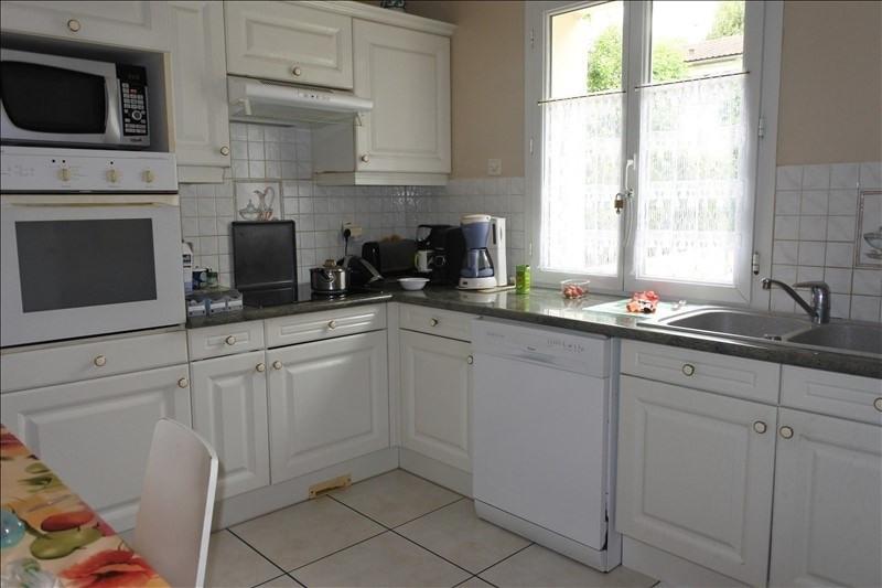 Sale house / villa St germain en laye 936000€ - Picture 5