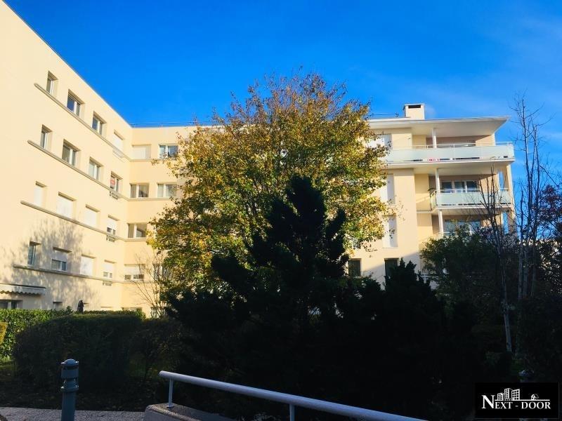 Sale apartment Elancourt 166000€ - Picture 1