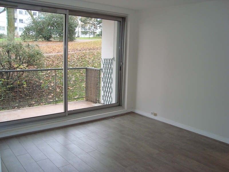 Rental apartment Marly le roi 908€ CC - Picture 1