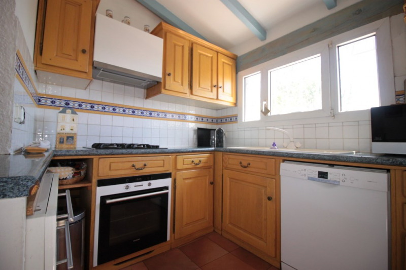 Sale house / villa Marseille 278 000€ - Picture 2
