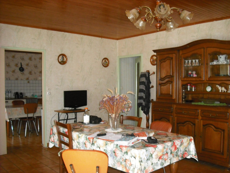 Sale house / villa Salettes 108 200€ - Picture 6