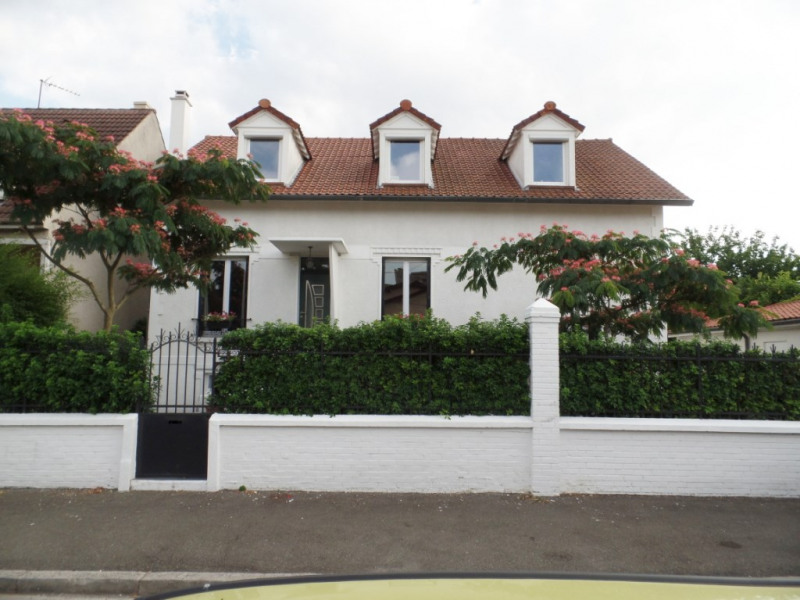 Sale house / villa Sevran 438 000€ - Picture 1
