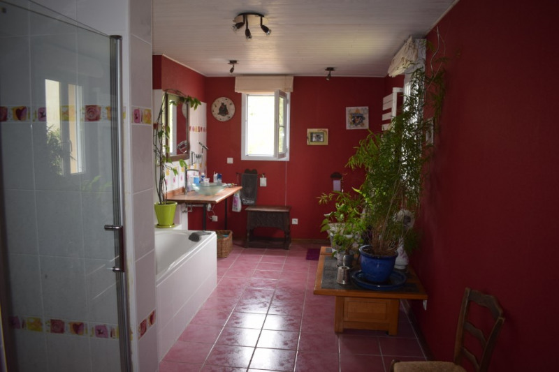 Vente maison / villa Freneuse 320 000€ - Photo 6