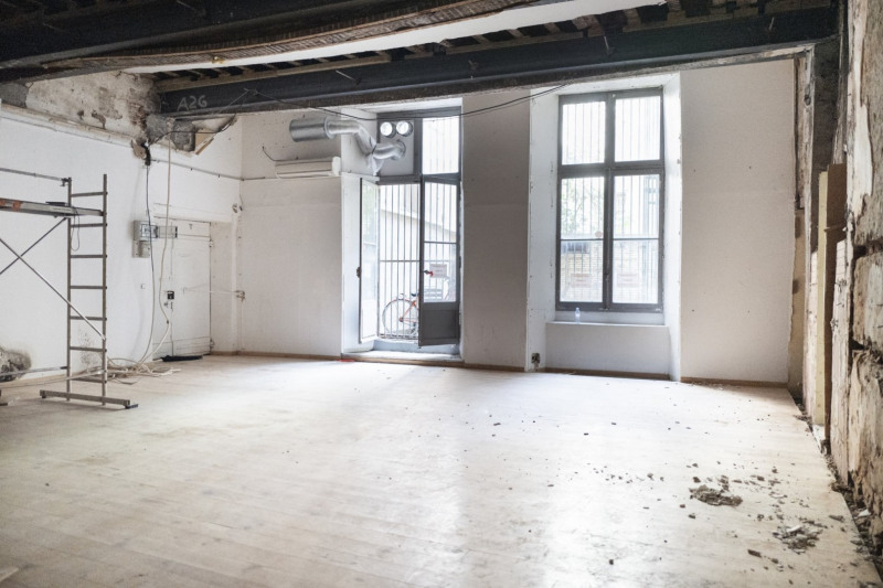 Vente local commercial Toulouse 335000€ - Photo 1