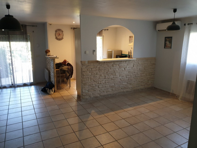 Sale house / villa Beaucaire 227 900€ - Picture 2