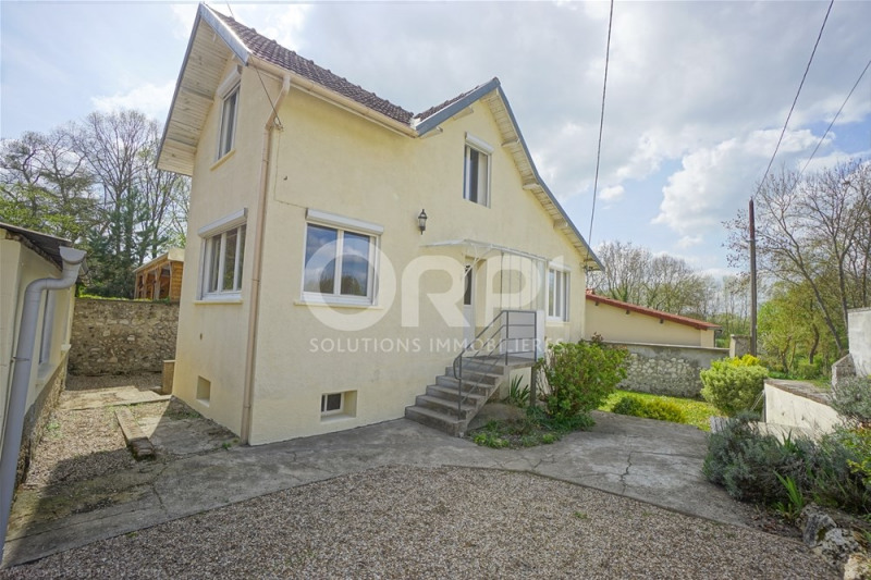 Sale house / villa Les andelys 148 000€ - Picture 1
