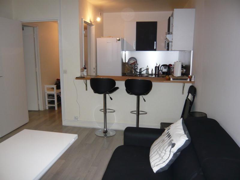 Rental apartment Paris 13ème 1400€ CC - Picture 2