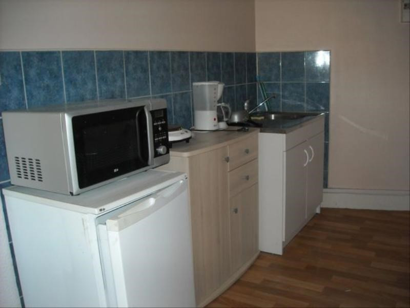 Rental apartment Vichy 150€ CC - Picture 2
