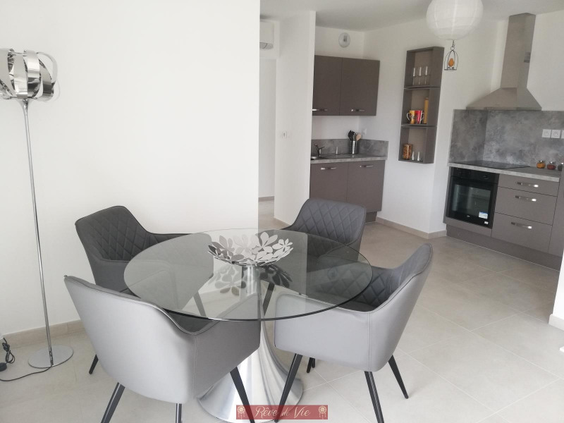 Vente de prestige appartement Bormes les mimosas 331 000€ - Photo 2