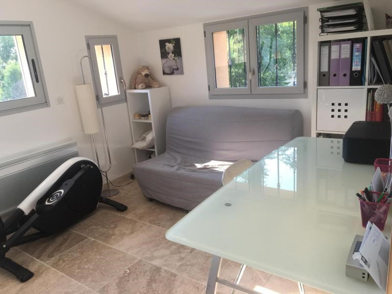 Location maison / villa Aix en provence 1 670€ CC - Photo 6