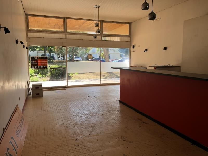 Vente local commercial Dourdan 137 000€ - Photo 2
