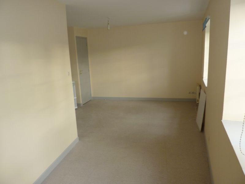 Rental apartment Pontivy 285€ CC - Picture 2