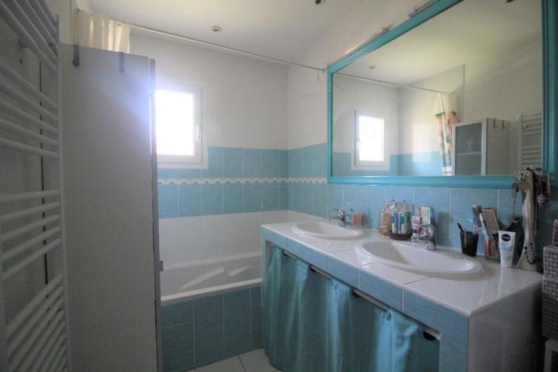 Sale house / villa Le pont de beauvoisin 255000€ - Picture 6