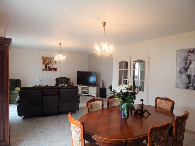 Vente maison / villa Semussac 297 000€ - Photo 5