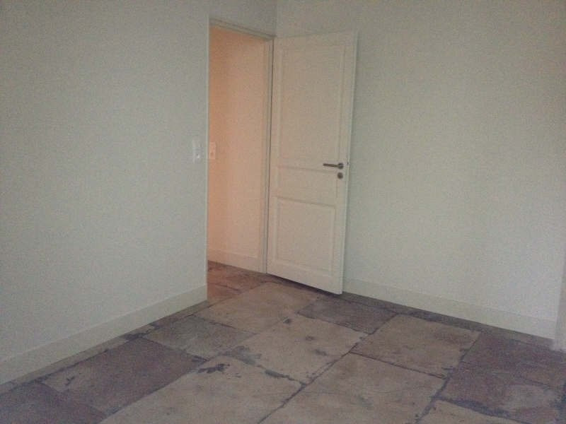 Location appartement Nimes 555€ CC - Photo 9
