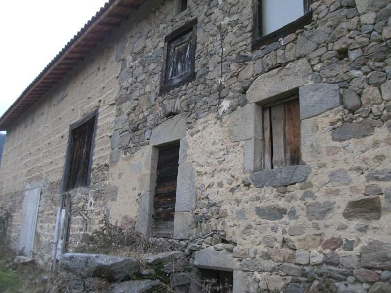 Ancien corps de ferme à réhabiliter sur un hectare de terrai