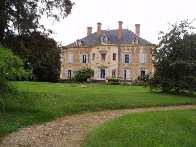 Chateau 20 rooms