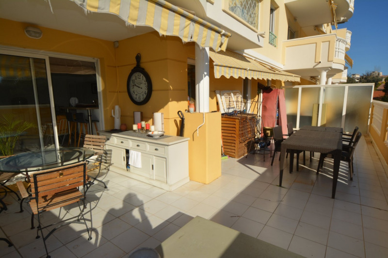 Sale apartment Antibes 338000€ - Picture 3