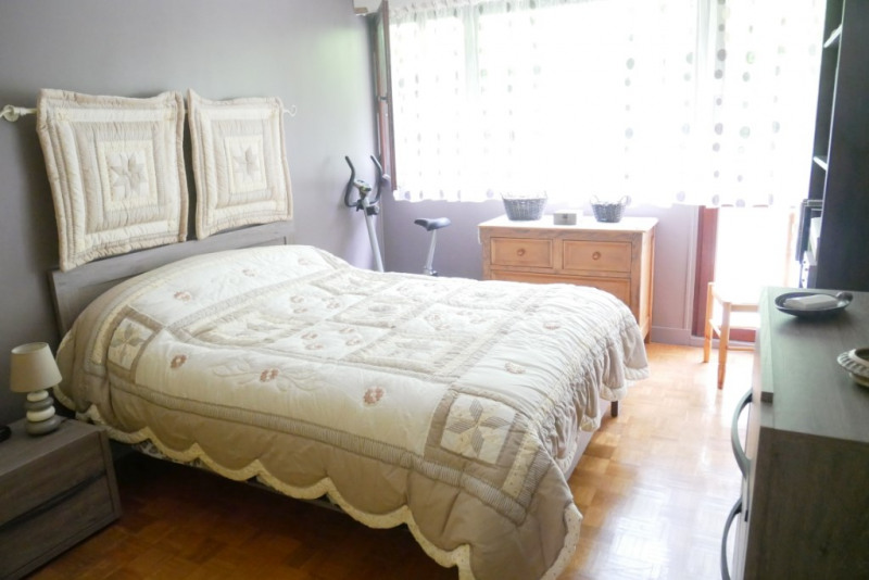 Deluxe sale apartment Bougival 285000€ - Picture 8