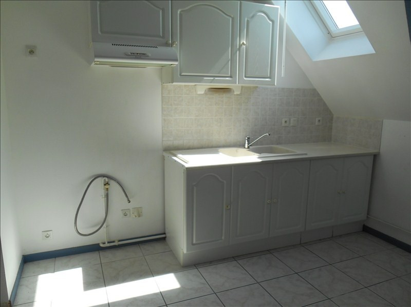 Location appartement Troyes 380€ CC - Photo 1