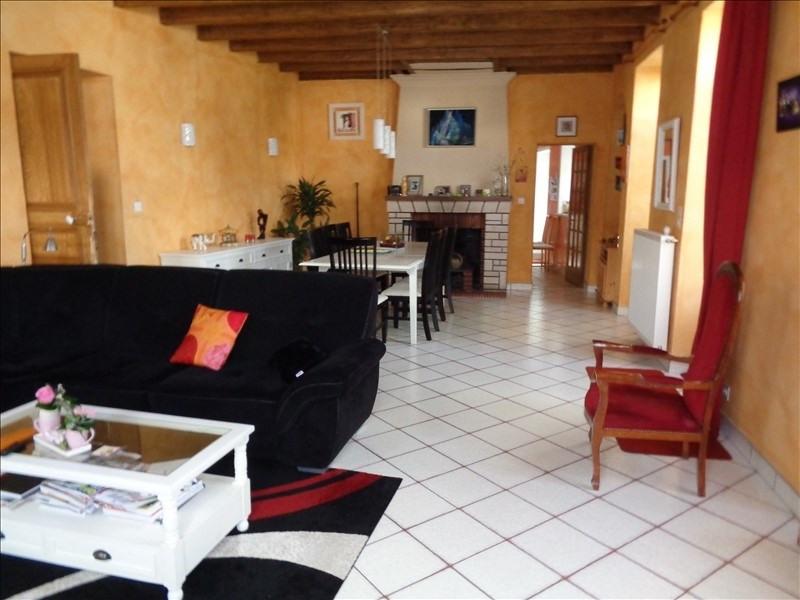 Sale house / villa Prahecq 218900€ - Picture 3