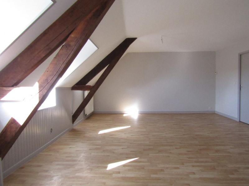 Rental apartment Renaze 345€ CC - Picture 2