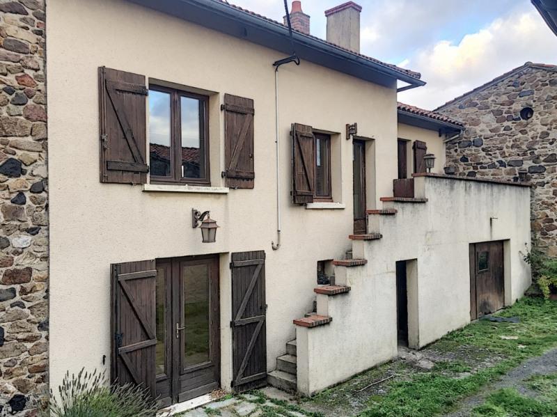 Sale house / villa Saint etienne sur usson 70850€ - Picture 8