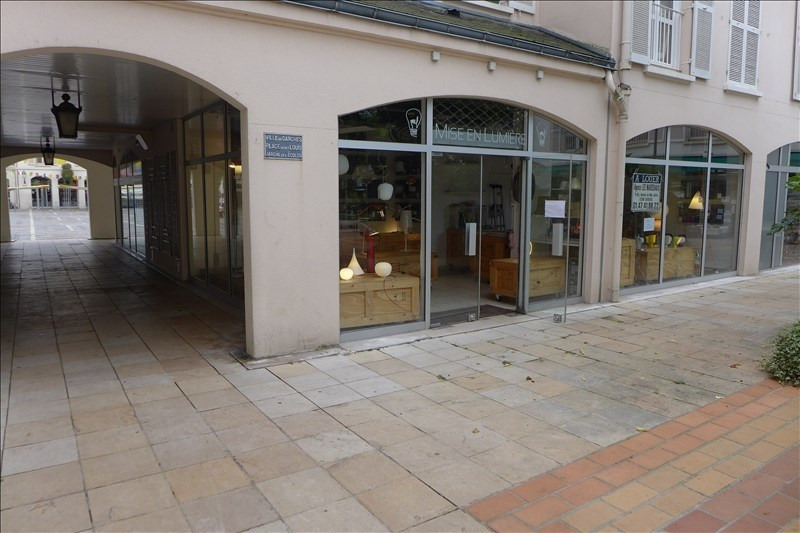 Location local commercial Garches 1 301€ HT/HC - Photo 1