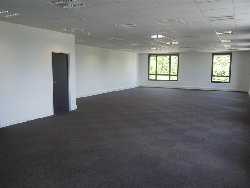 Sale empty room/storage Fourqueux 508 300€ HT - Picture 4