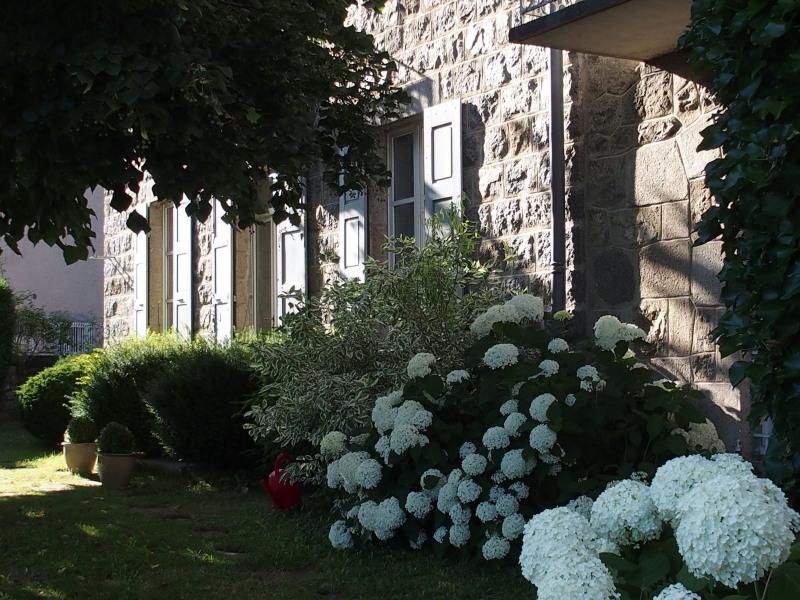 Sale house / villa Le chambon sur lignon 398000€ - Picture 1