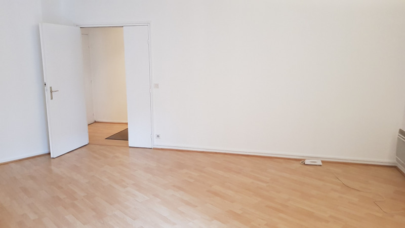 Sale apartment Montlhery 126 000€ - Picture 2