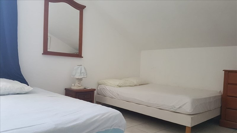 Sale apartment St gilles les bains 339000€ - Picture 3