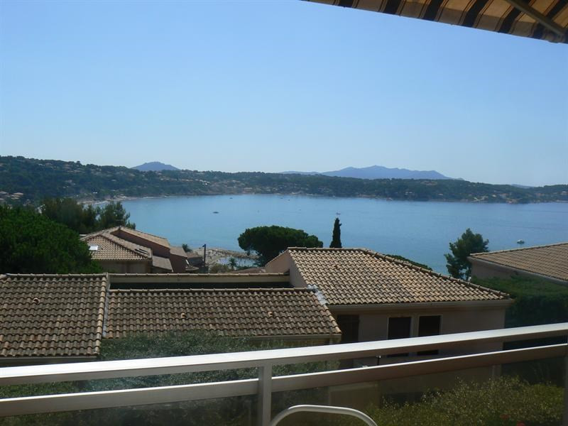 Vacation rental apartment Bandol 350€ - Picture 1