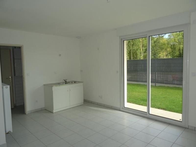 Sale house / villa Breval 220000€ - Picture 4