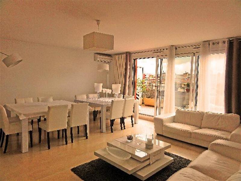 Deluxe sale apartment Villeurbanne 555000€ - Picture 3