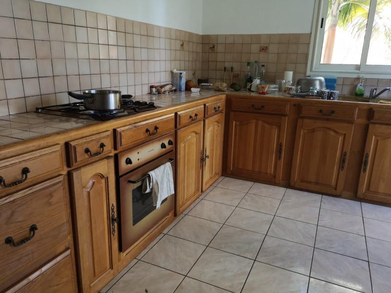 Rental house / villa Saint-benoît 975€ CC - Picture 5