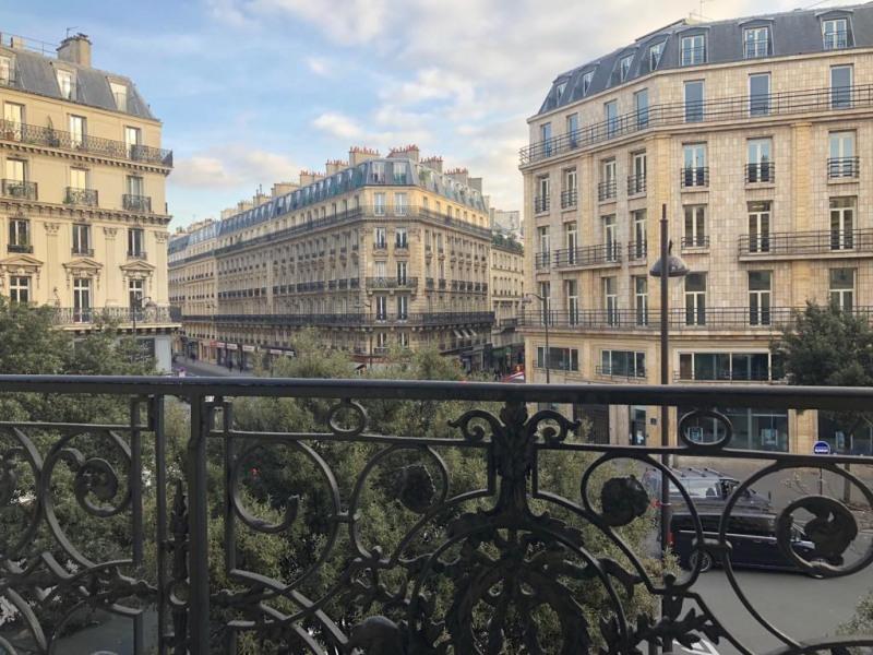 Rental apartment Paris 9ème 2475€ CC - Picture 7