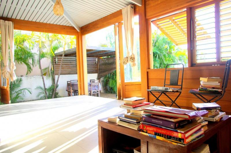 Vente de prestige maison / villa Saint gilles les bains 750750€ - Photo 1