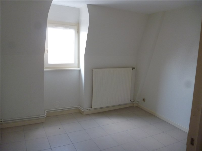 Rental apartment Le coteau 351€ CC - Picture 4