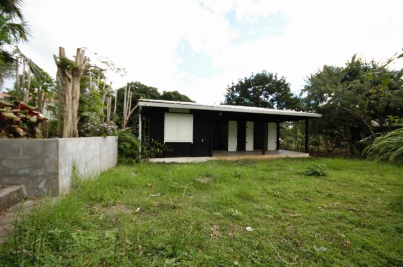 Location maison / villa Le tampon 750€ CC - Photo 5