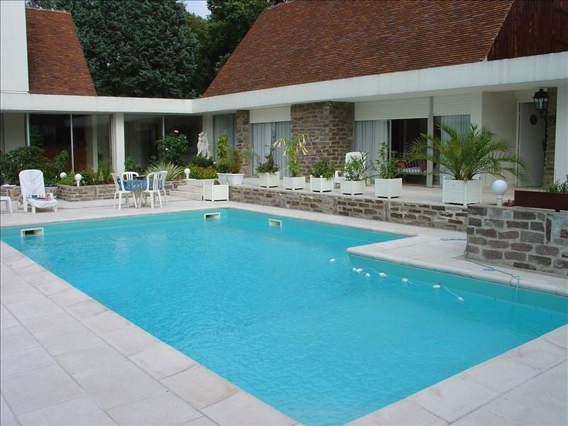 Deluxe sale house / villa L etang la ville 1895000€ - Picture 1