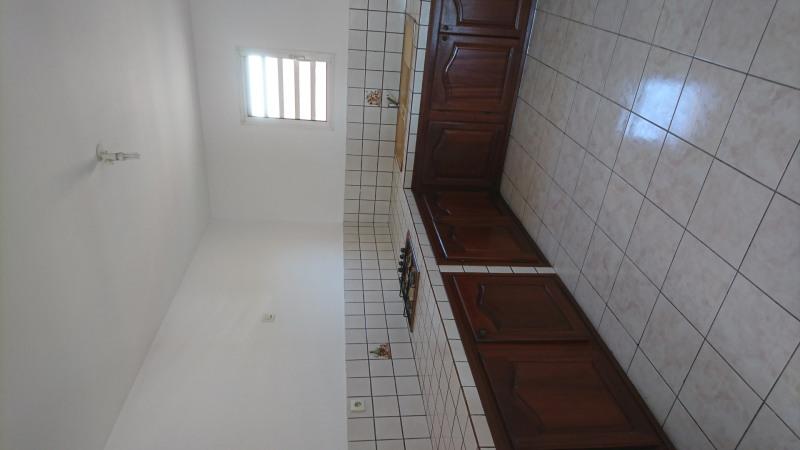 Location appartement Saint-andré 740€ CC - Photo 3