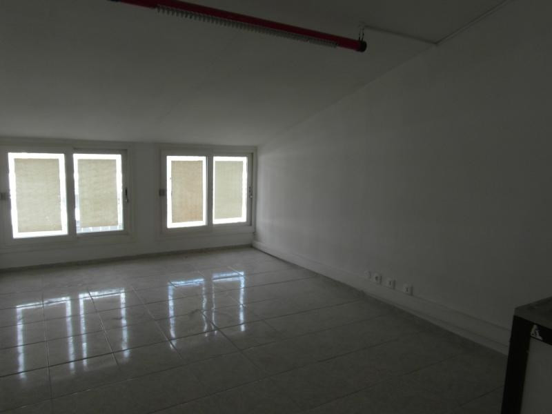Rental empty room/storage Ste clotilde 3 750€ HT/HC - Picture 5