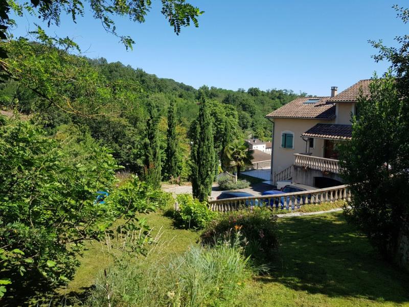 Sale house / villa Vienne 430000€ - Picture 1