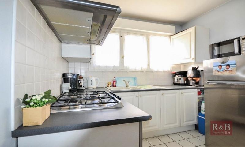 Sale apartment Plaisir 180000€ - Picture 7
