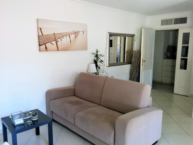 Sale apartment Cavalaire sur mer 220 000€ - Picture 3