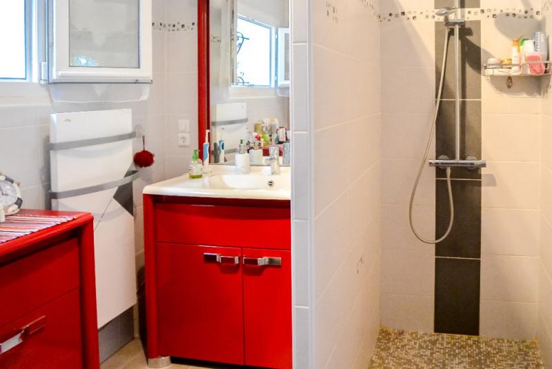 Sale house / villa Sauvagnon 175000€ - Picture 4